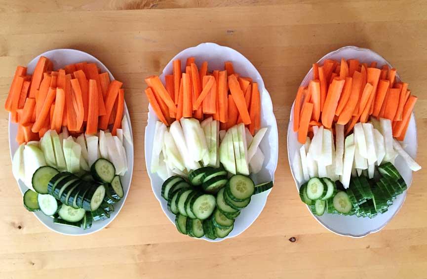 El pepino, la jícama y la zanahoria